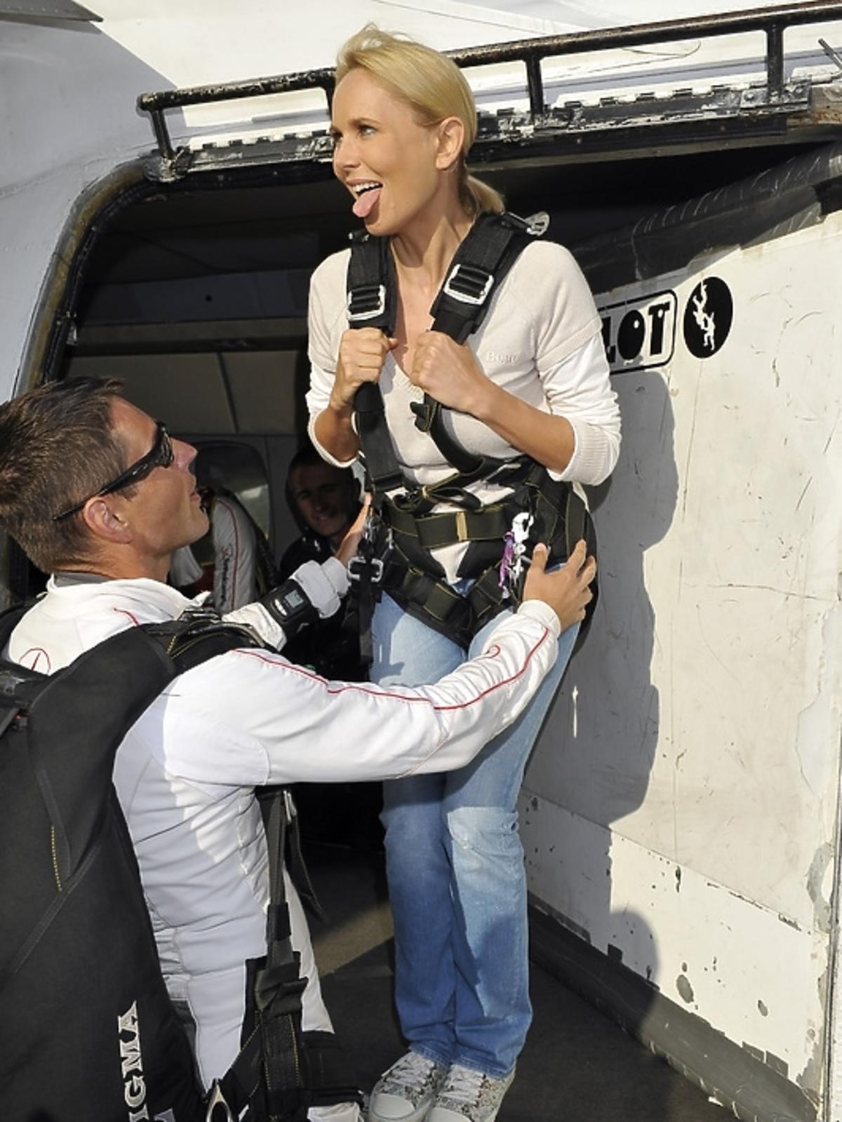 Anna Samusionek skoczyła ze spadochronem