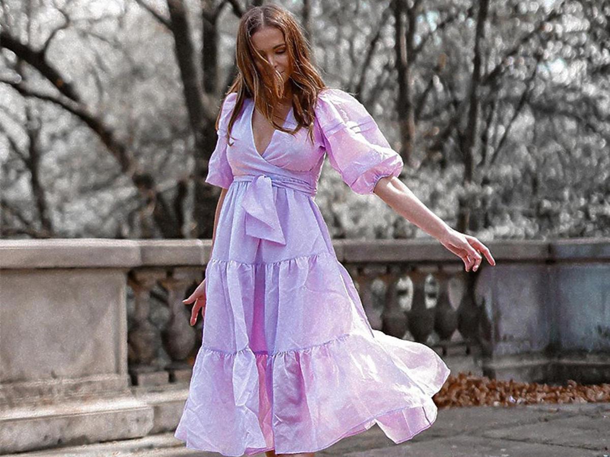 Anna Wendzikowska w sukience z limitowanej kolekcji Re.Design z Reserved