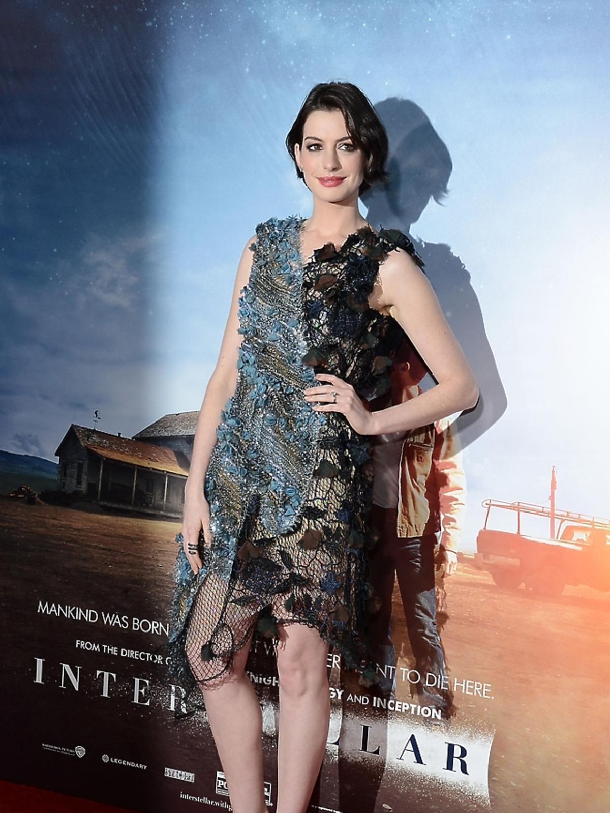 Anne Hathaway na premierze Interstellar