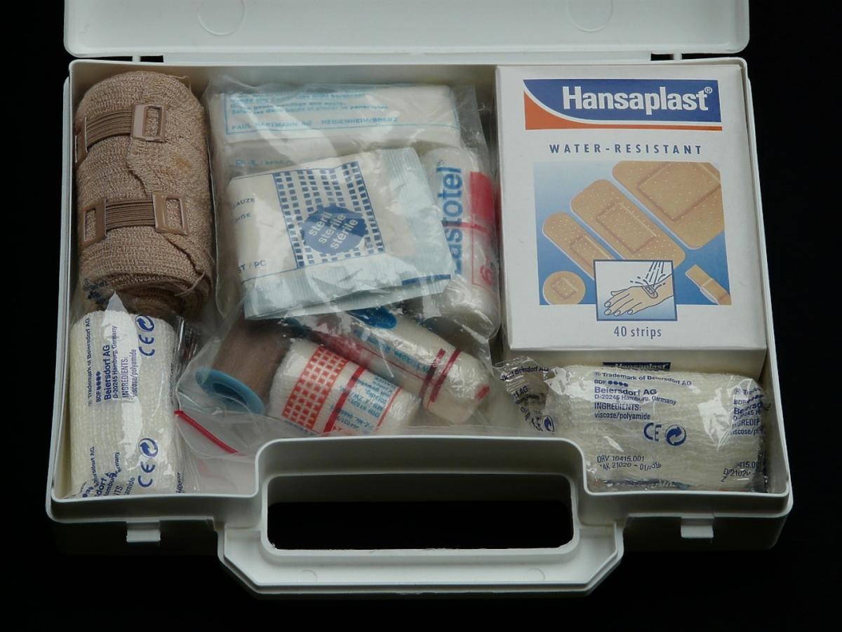 bandaże i opatrunki