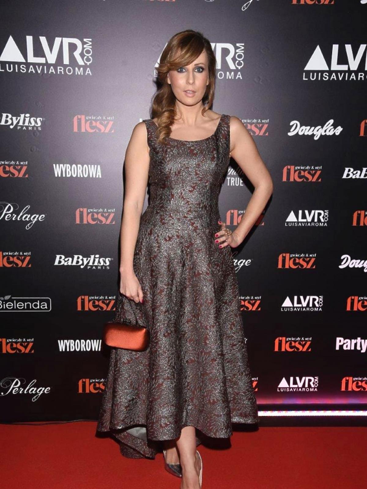 Barbara Łubko na imprezie Flesz Fashion Night 2015 w kreacji Laurelle