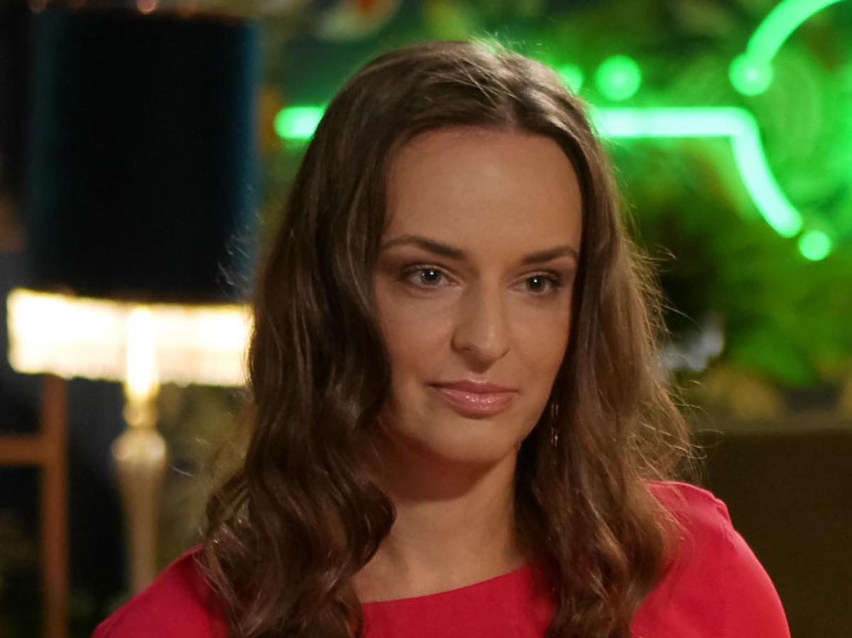 Beata Jałocha w czerwonej sukience