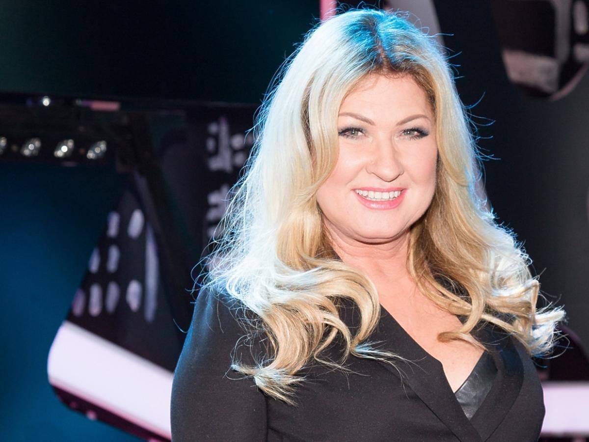 Beata Kozidrak w czarnej sukience