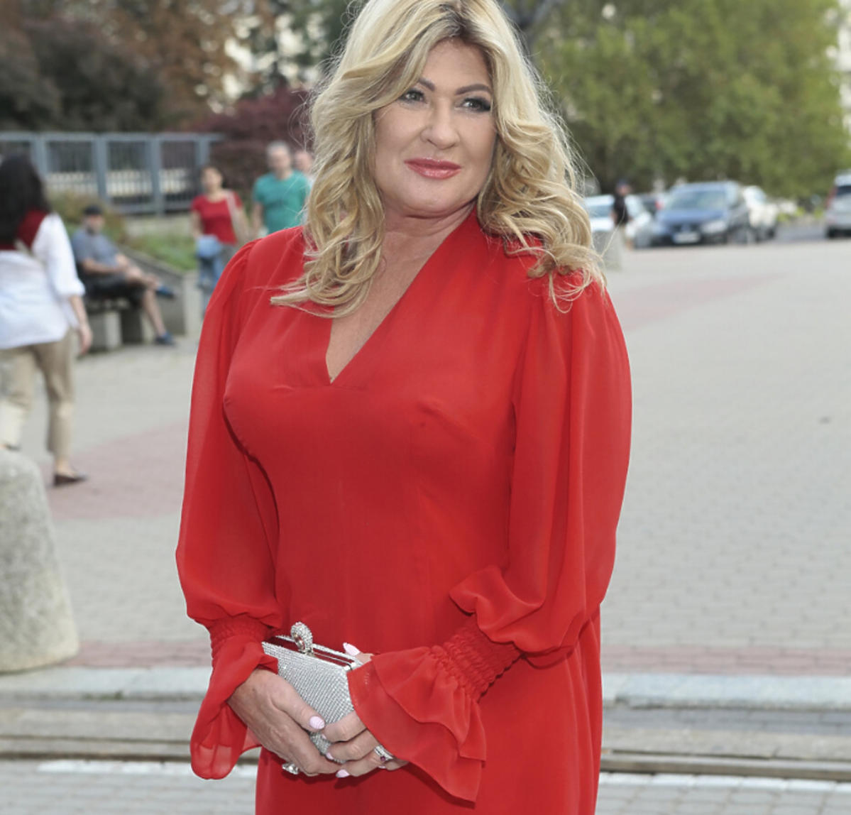 Beata Kozidrak w czerwonej sukience