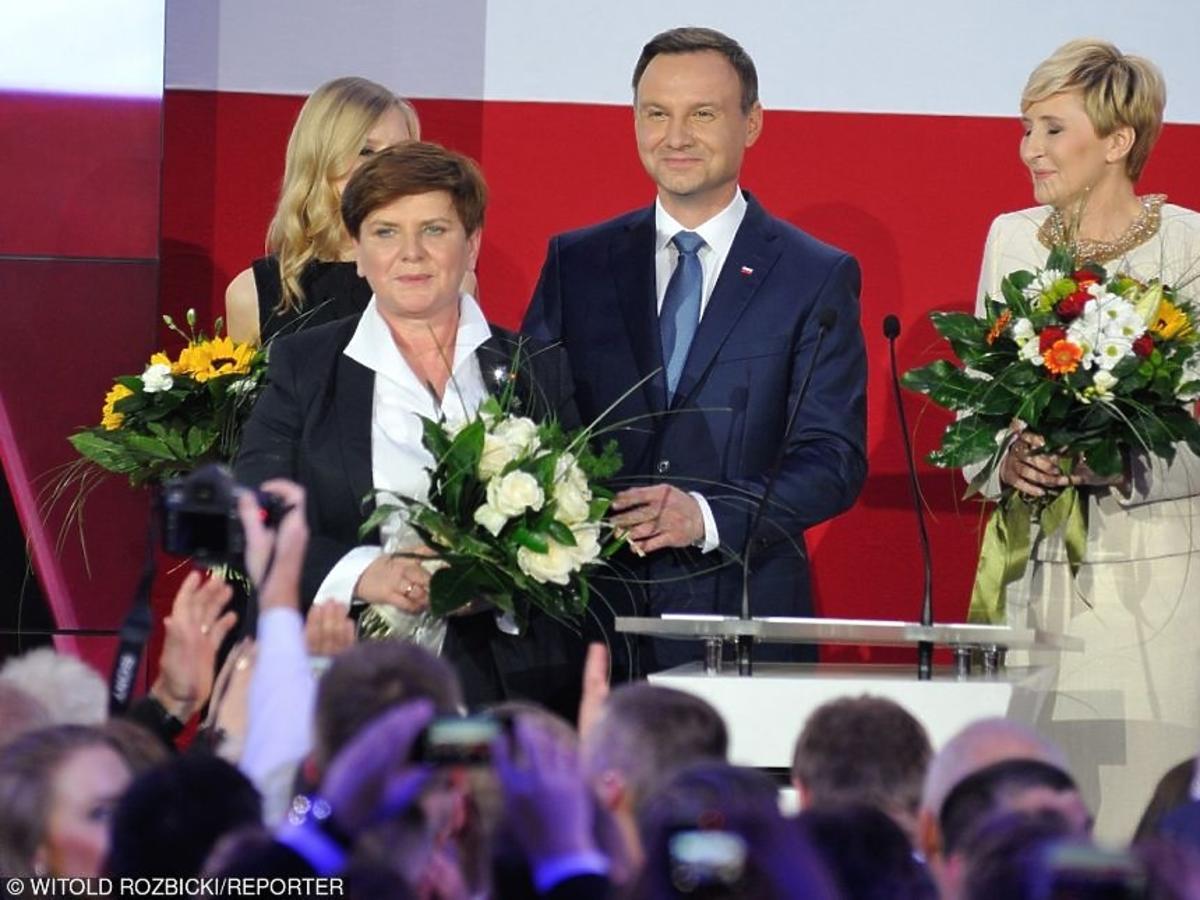 Beata Szydło, Agata Duda, Andrzej Duda podczas wieczoru wyborczego