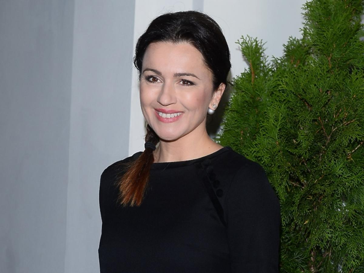 Beata Tadla w czarnej sukience