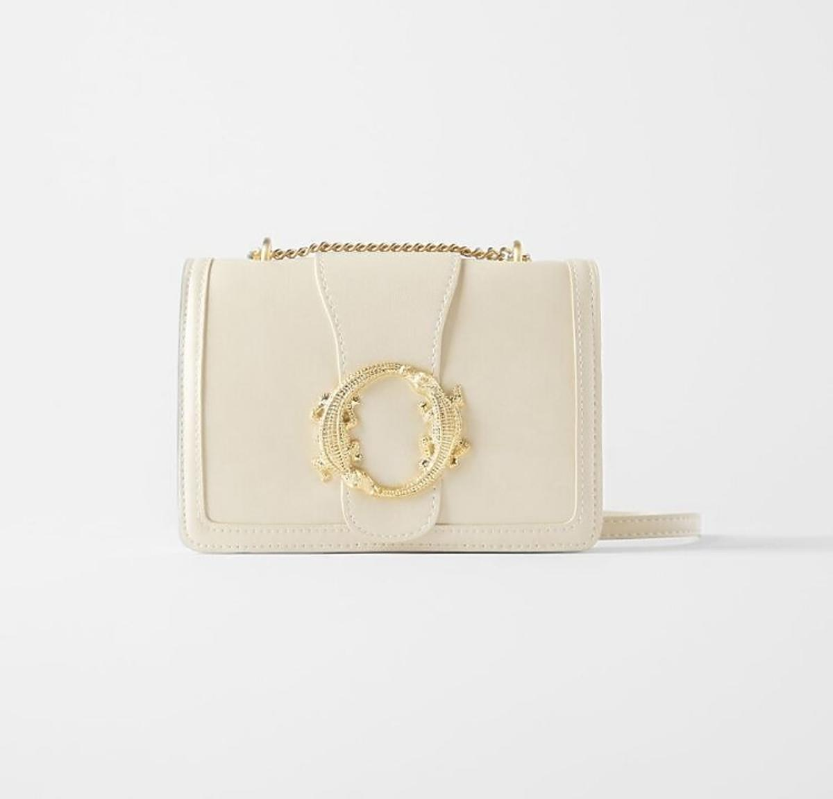 Biała torebka na łańcuszku Zara