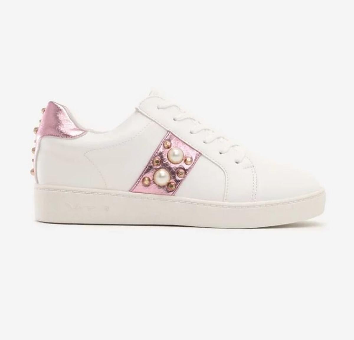 Białe sneakersy z ozdobami Renee.pl