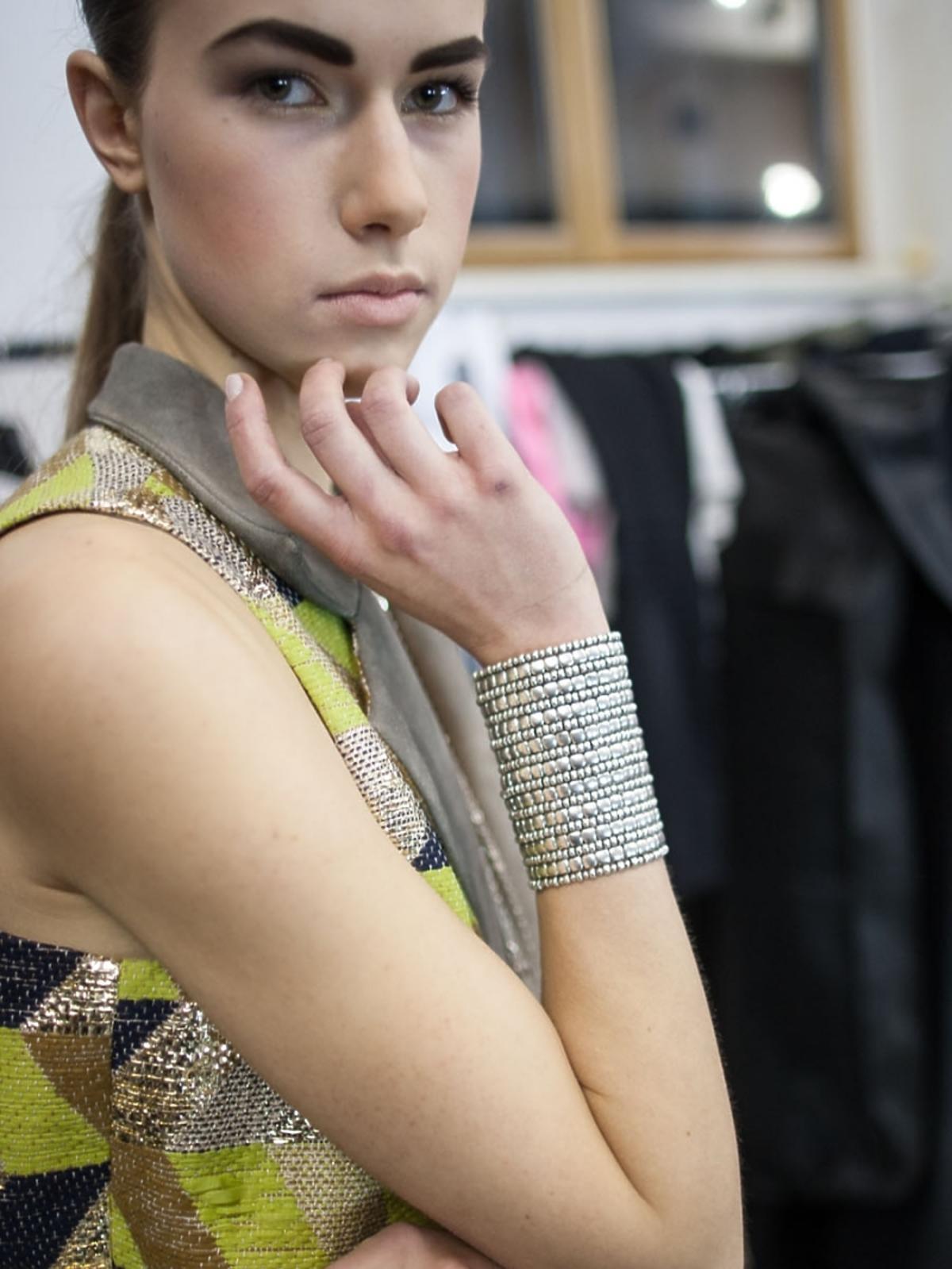 Biżuteria Mokobelle dopełniła stylizację kreacji polskich projektantów