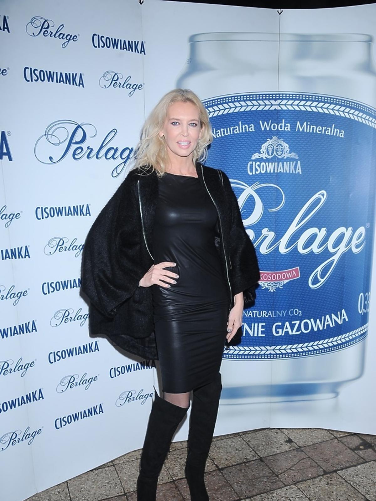 Bogna Sworowska w czarnej sukience