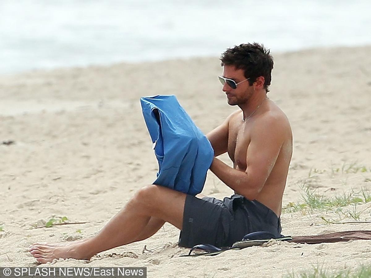 Bradley Cooper bez koszulki