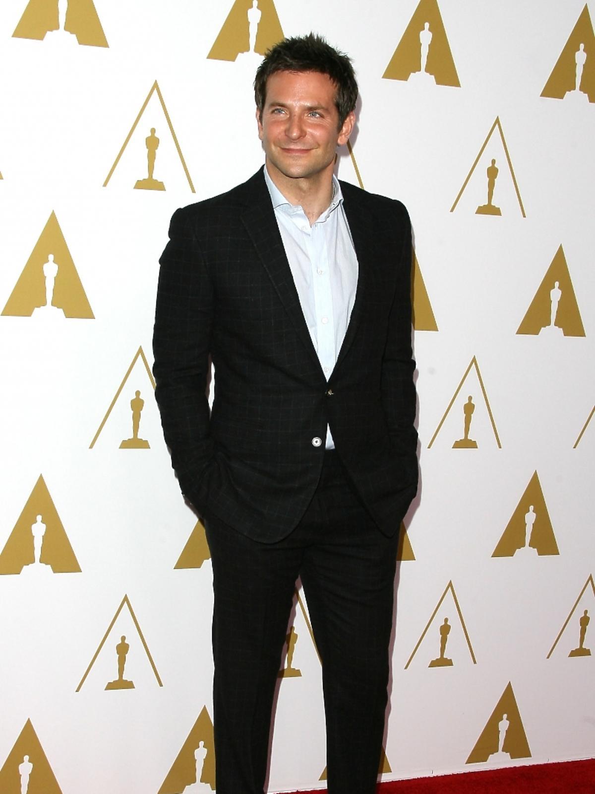 Bradley Cooper podczas konferencji prasowej nominacji do Oscarów 2014