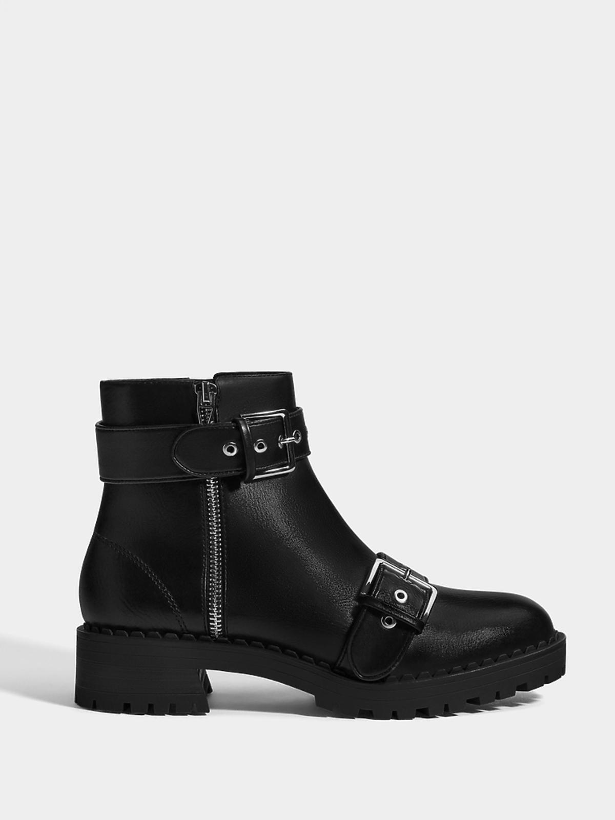 buty rockowe z klamrami Bershka