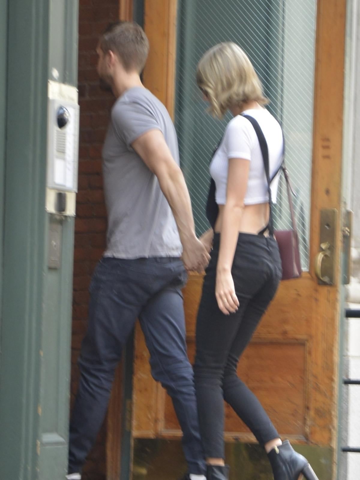 Calvin Harris i Taylor Swift trzymają się za ręce