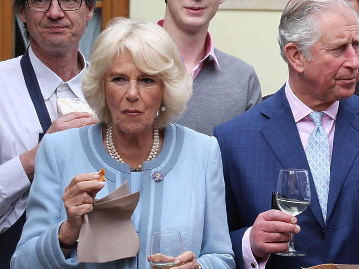 Camilla Parker Bowles i książę Karol podczas oficjalnej wizyty