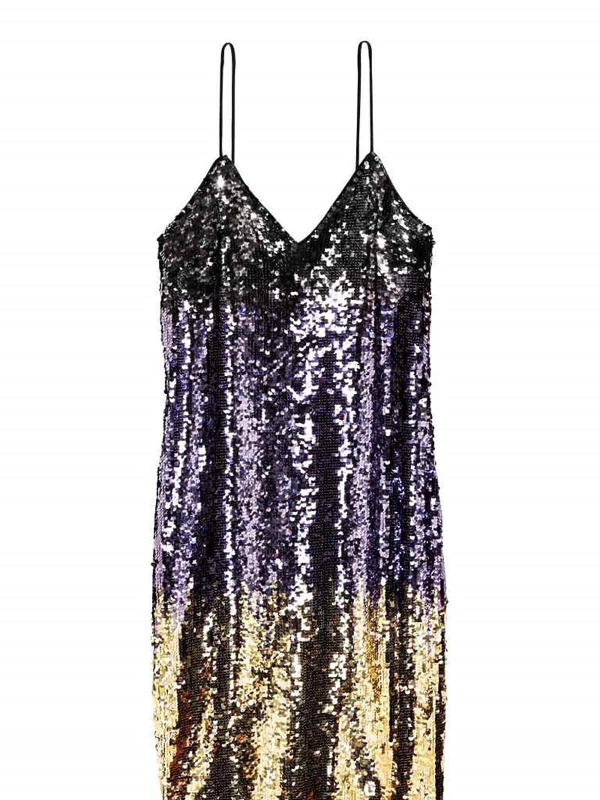 Cekinowa sukienka, H&M, przeceniona z 229,00 zł na 159,90 zł