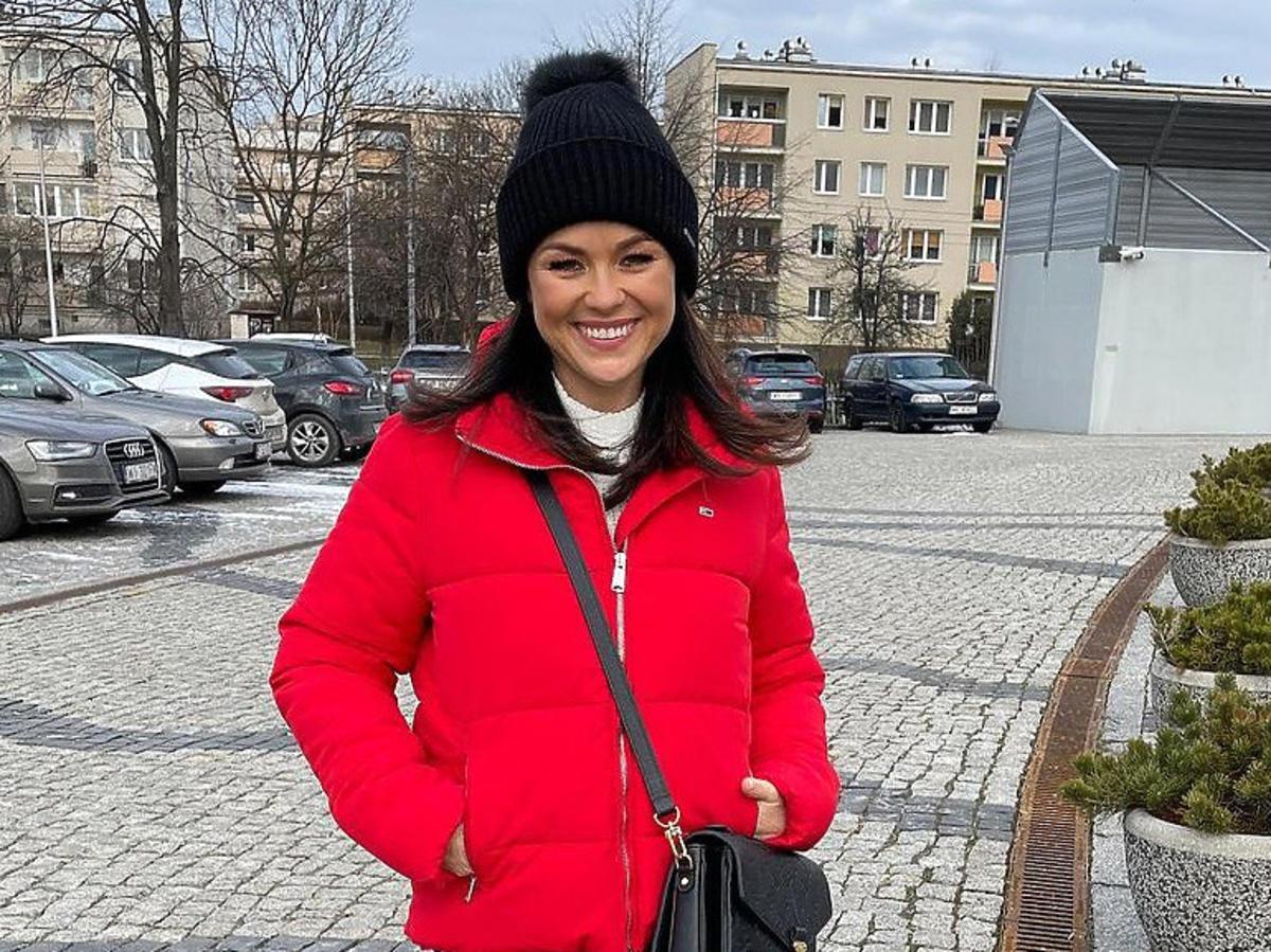 Cichopek w czerwonej kurtce