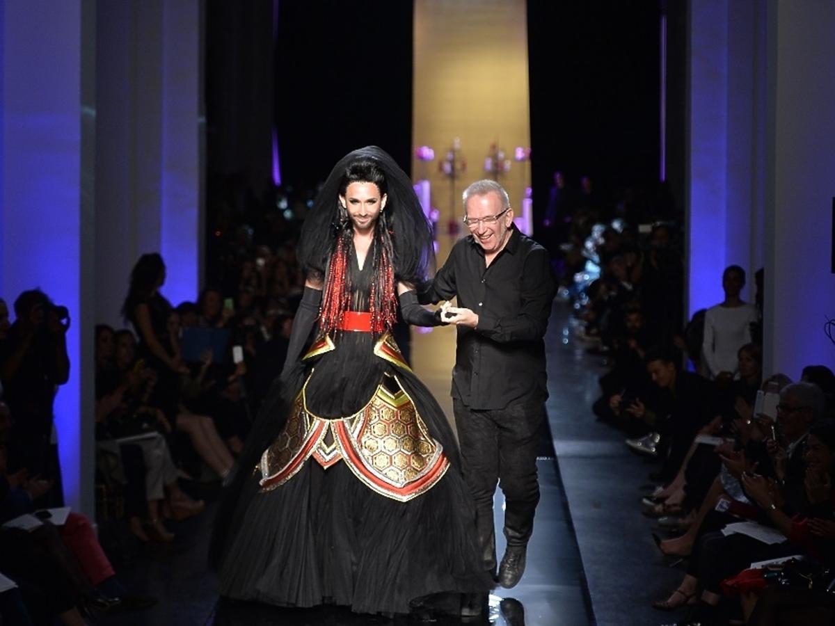 Conchita Wurst na wybiegu z Jean Paul Gaultierem