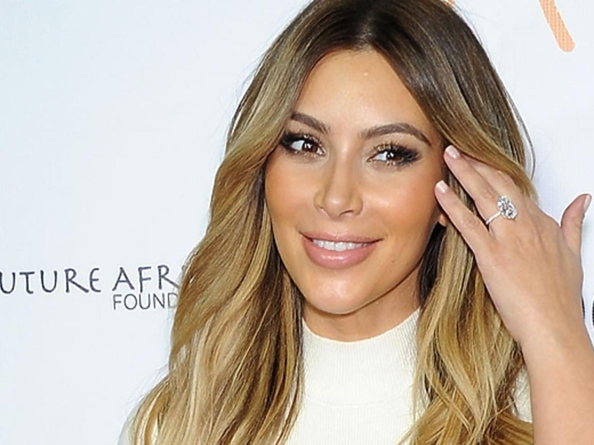 Córka Kim Kardashian pozuje z siostrzenicą