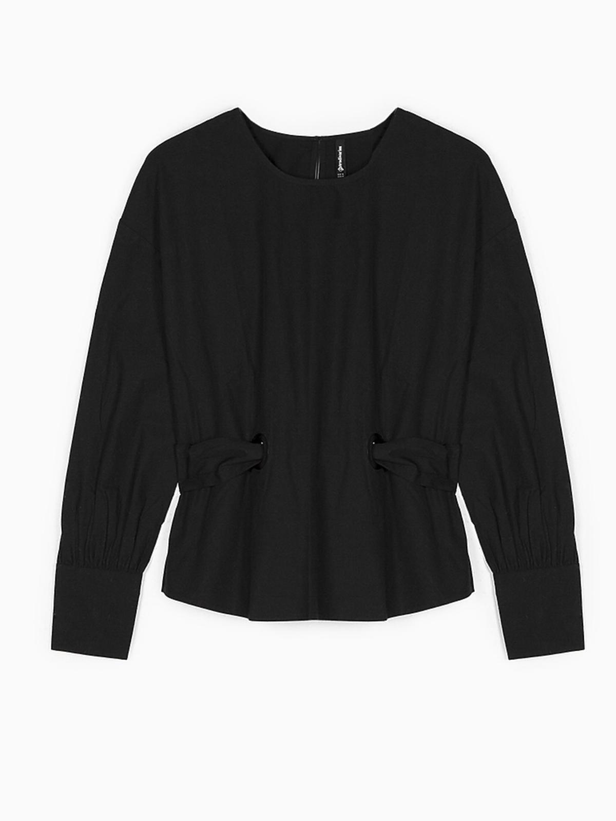 Czarna koszula z bufiastymi rękawami