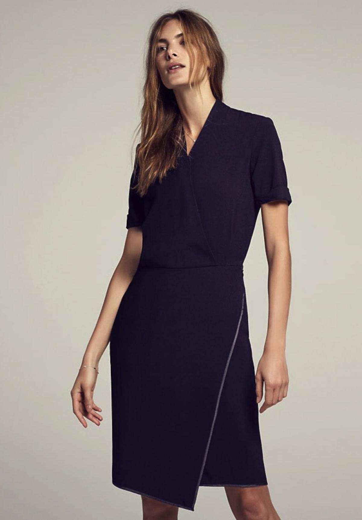 Czarna sukienka kopertowa MM.LaFleur
