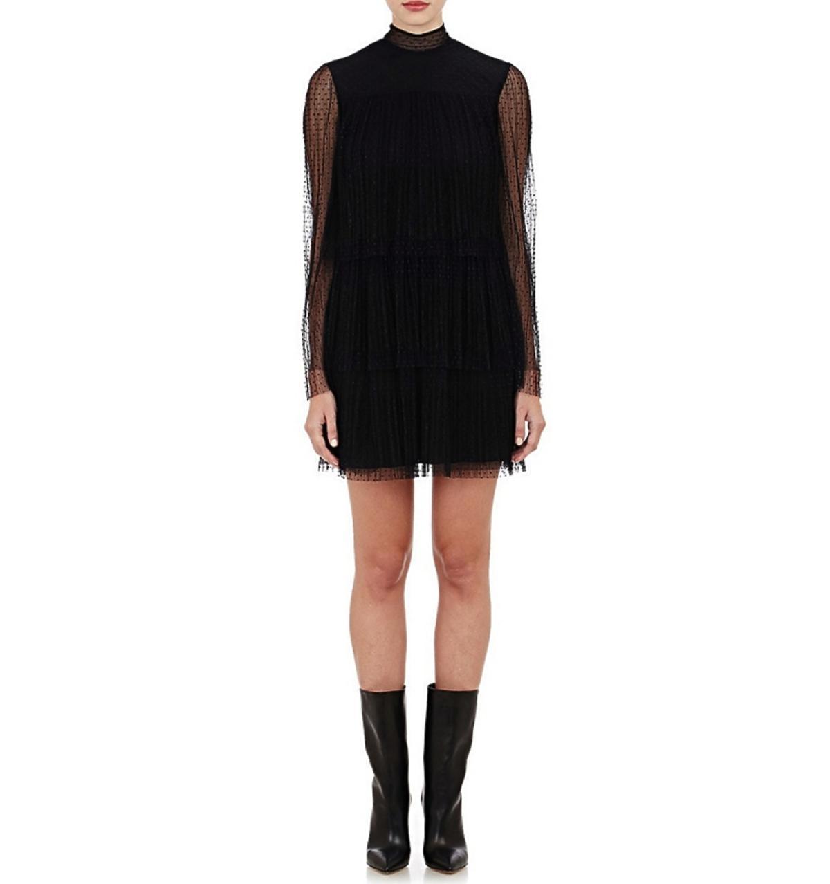 Czarna Tiulowa sukienka Valentino z długim rękawem