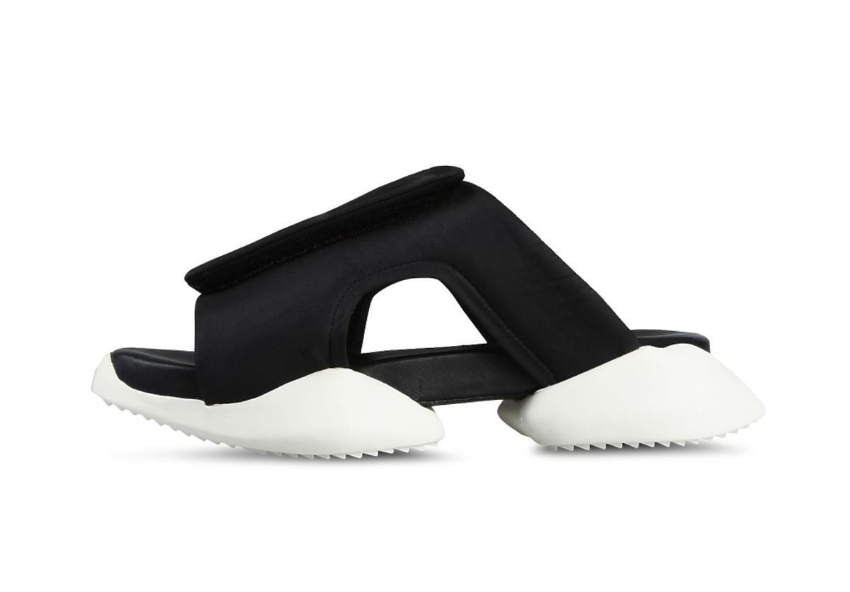 Czarno-białe męskie sandały