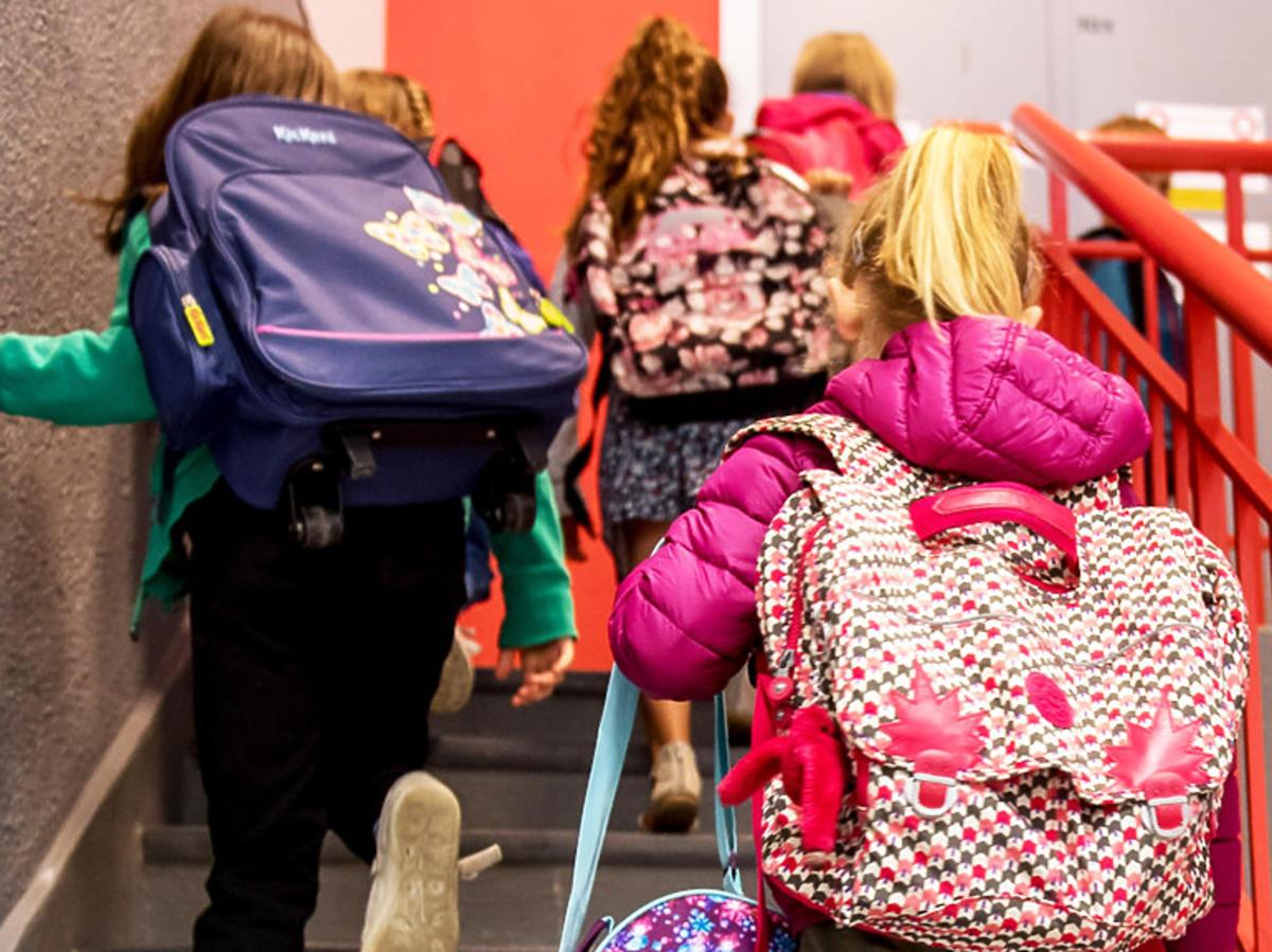 Czy dzieci wrócą do szkoły przed wakacjami? Ważny komentarz ministra