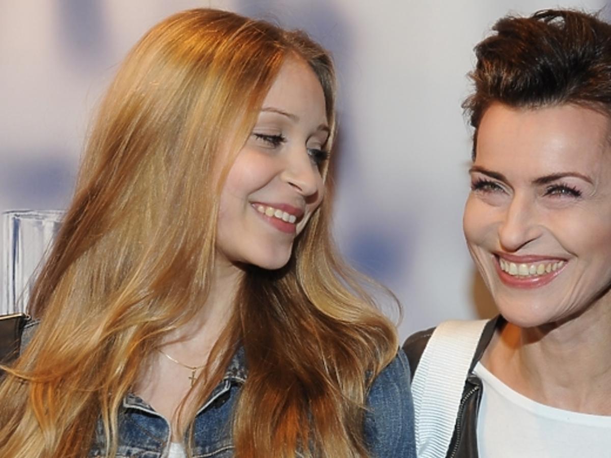 Danuta Stenka z córką na pokazie Kupisza