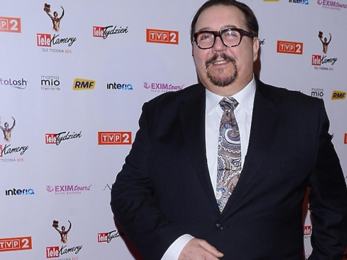Dariusz Gnatowski w okularach