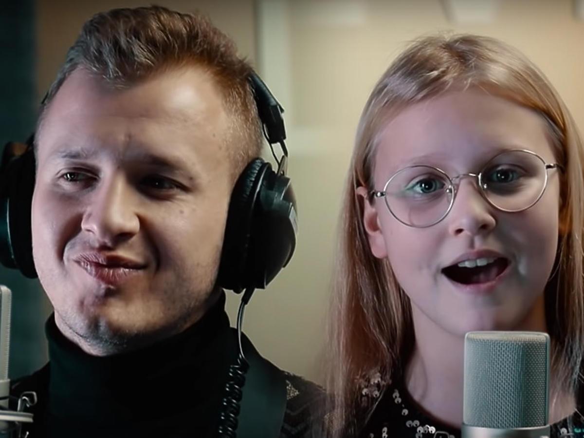 Dawid Narożny w duecie z córką