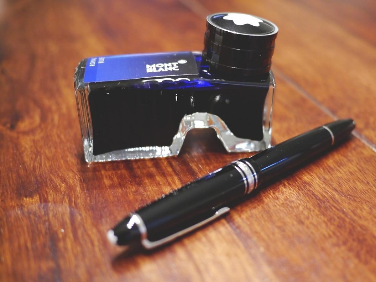 długopis i atrament