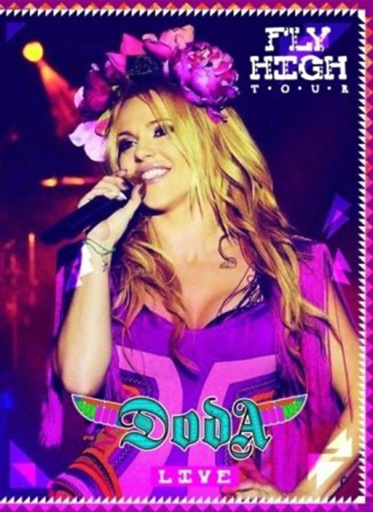 Doda Fly High Tour DVD. Okładka DVD Dody. Doda Fly High Tour DVD okładka