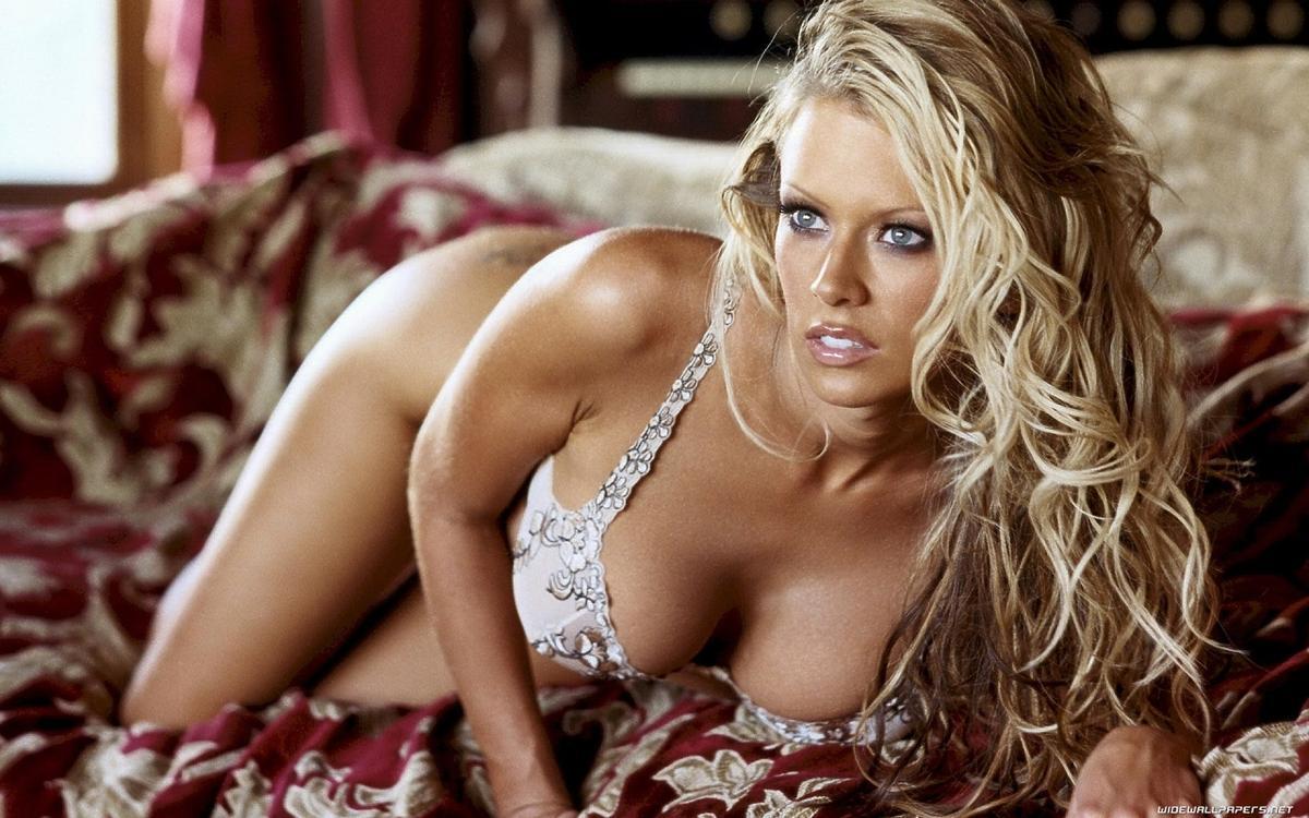 Doda jak brazylijska gwiazda porno Jane Jameson