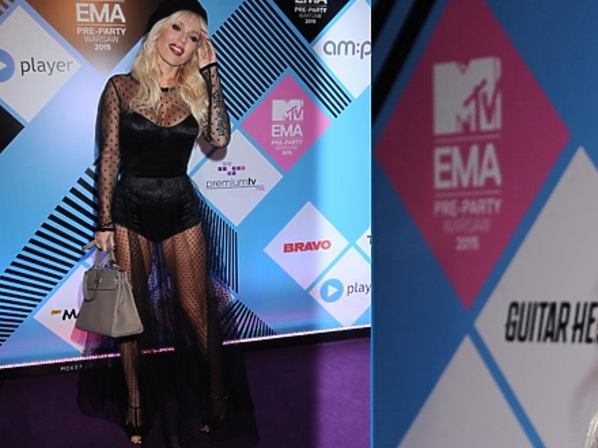 Doda na MTV EMA PRE-PARTY na sciance z czerwonymi ustami