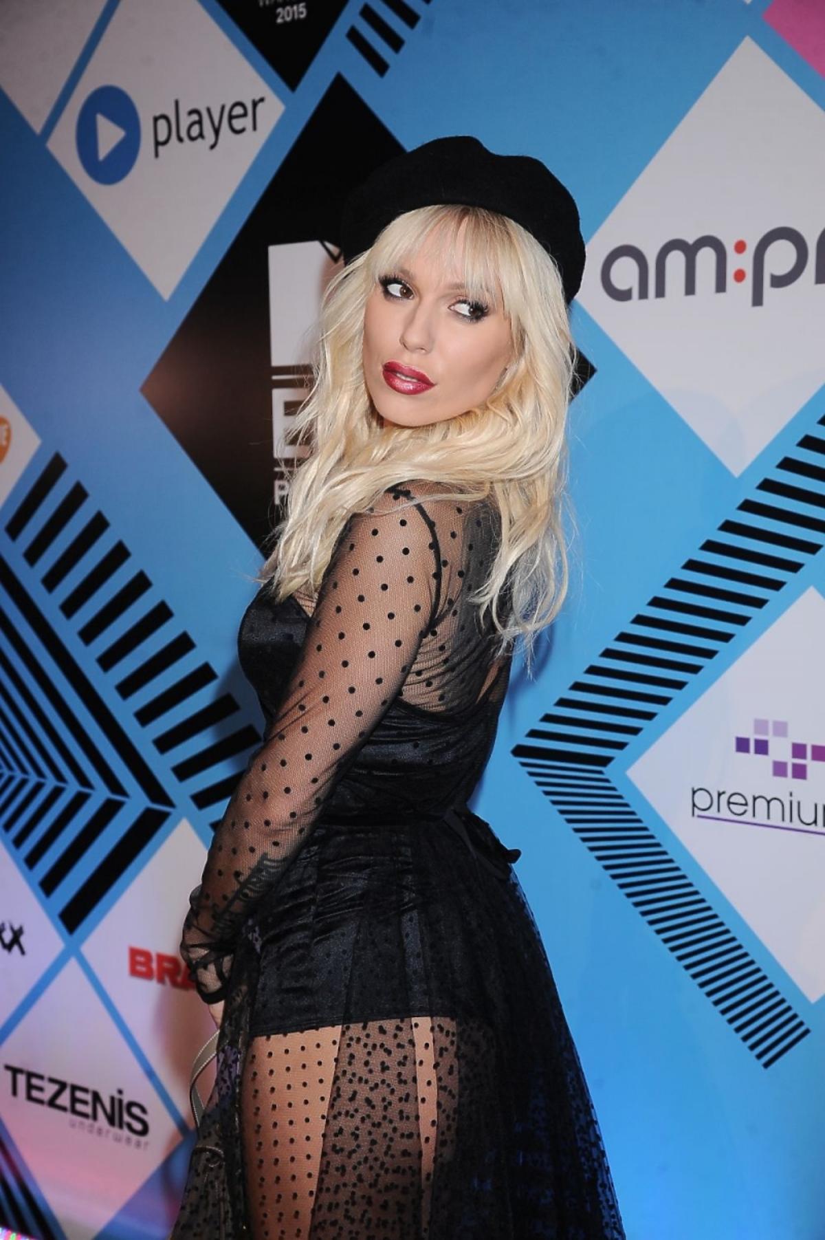 Doda na MTV EMA PRE-PARTY w czarnej prześwitujacej sukence