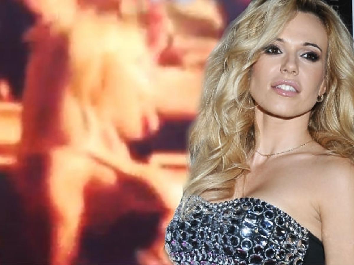 Doda pokazała piersi na koncercie