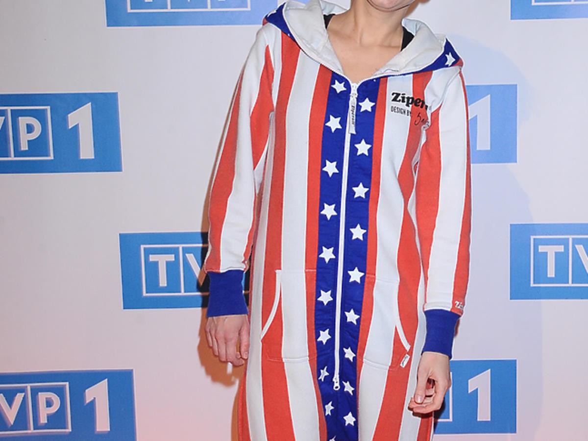 Dominika Barabas w kombinezonie ze wzorem amerykańskiej flagi