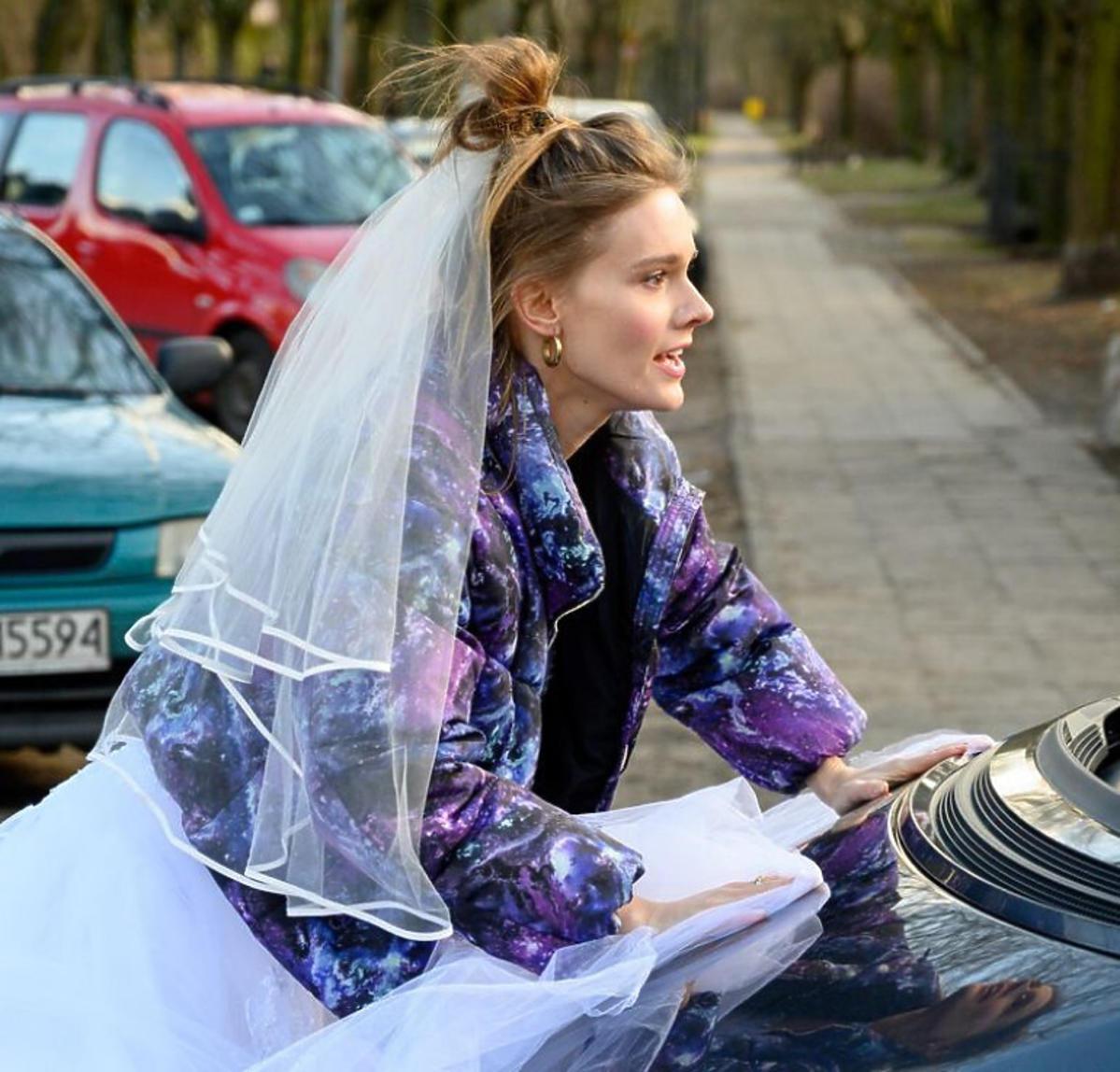 Dominika Kachlik na planie M jak miłość