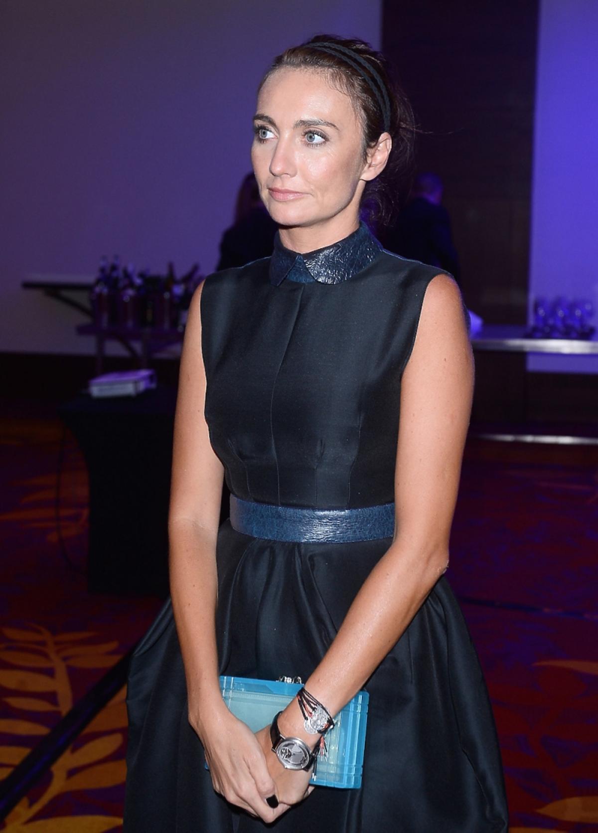Dominika Kulczyka w ciemnej sukni