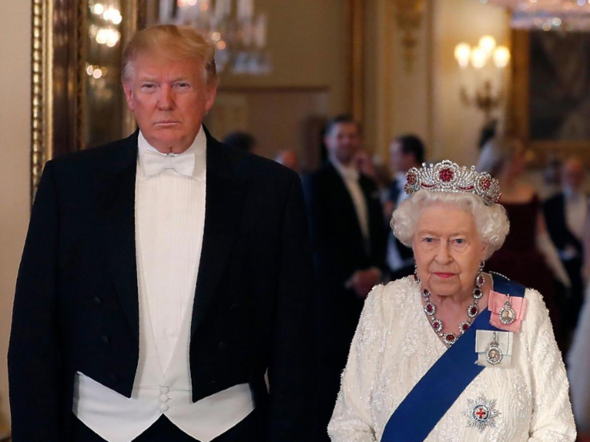 Donald Trump królowa Elżbieta II