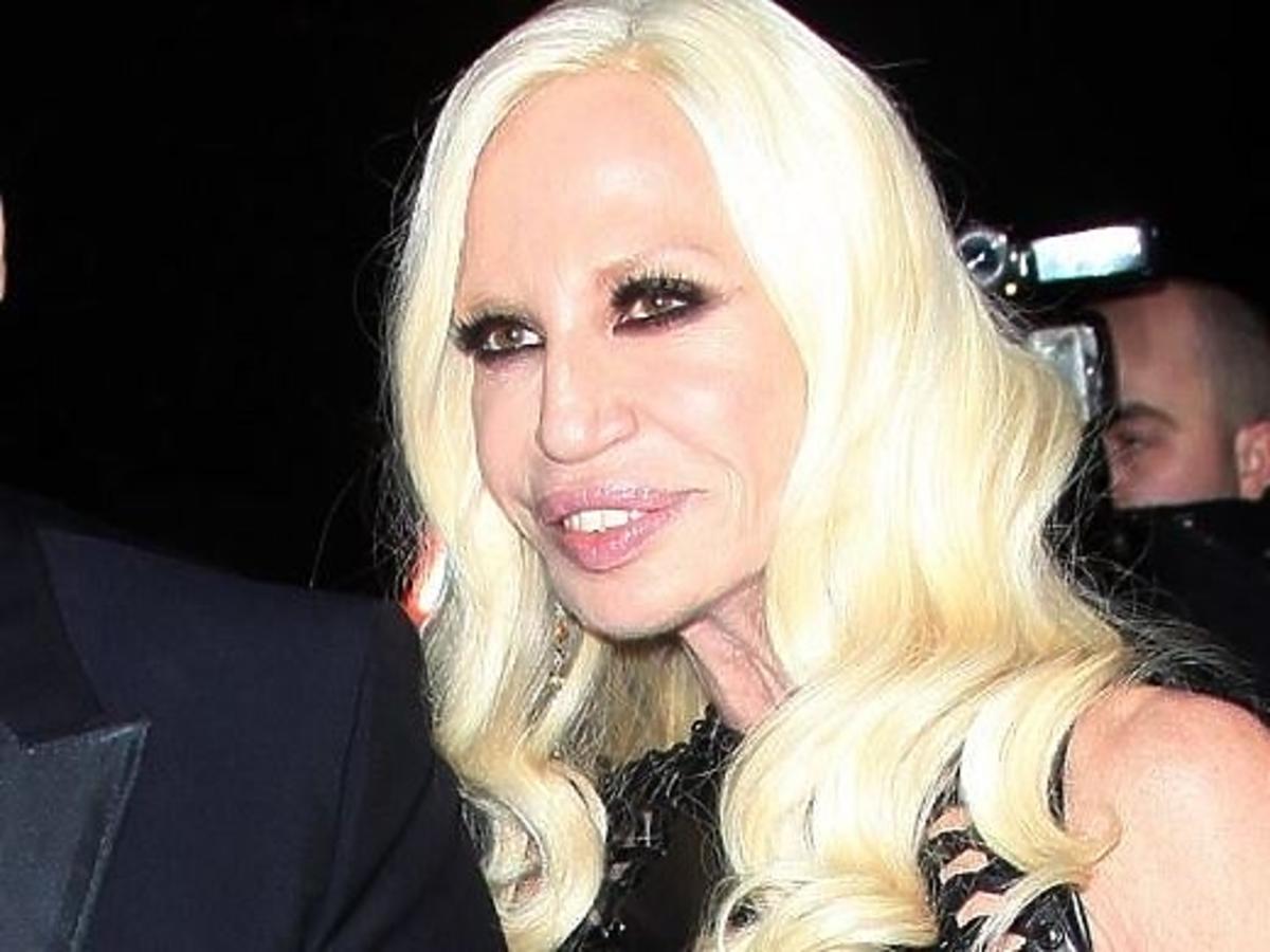 Donatella Versace na 60. urodzinach Playboya