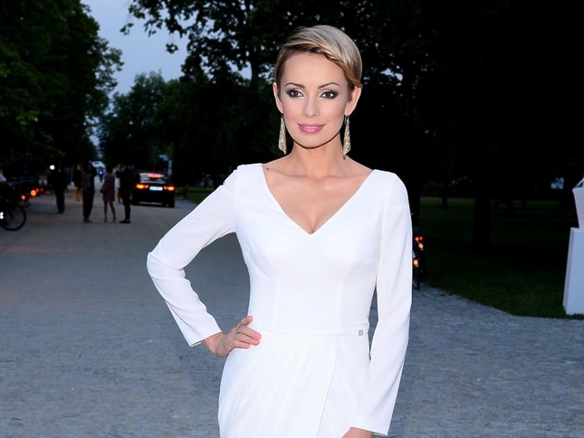 Dorota Gardias w białej sukni