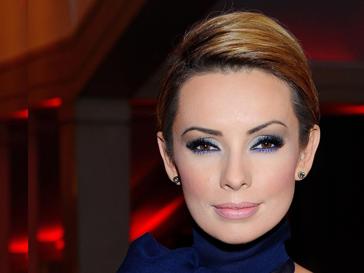 Dorota Gardias w makijażu smoky eyes