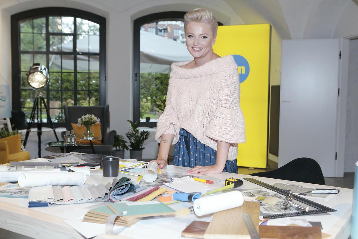 Dorota Szelągowska w swoim biurze projektowym