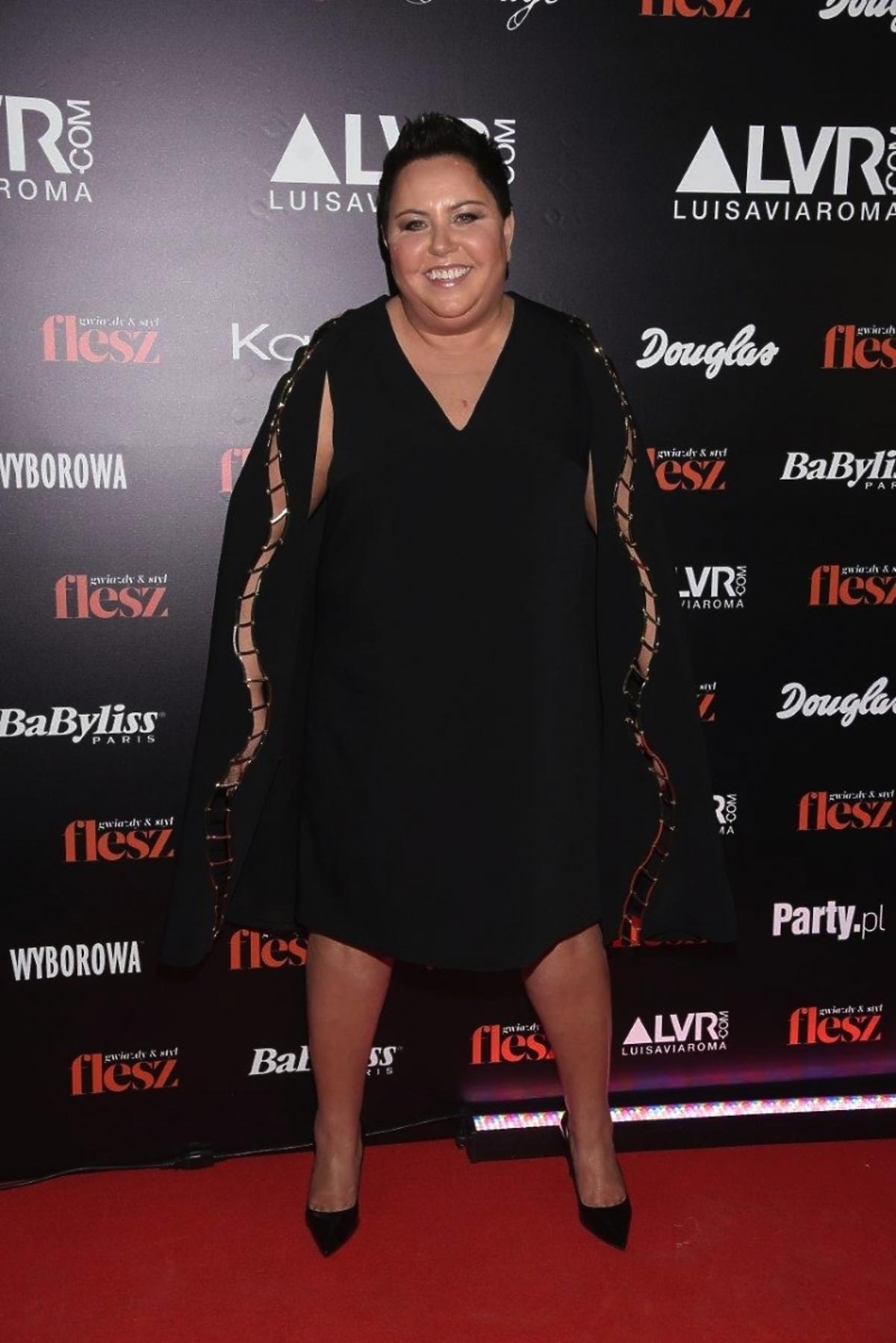 Dorota Wellman w czarnej sukience