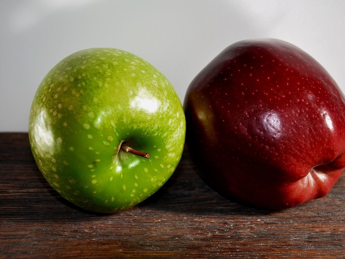 Dwa jabłka
