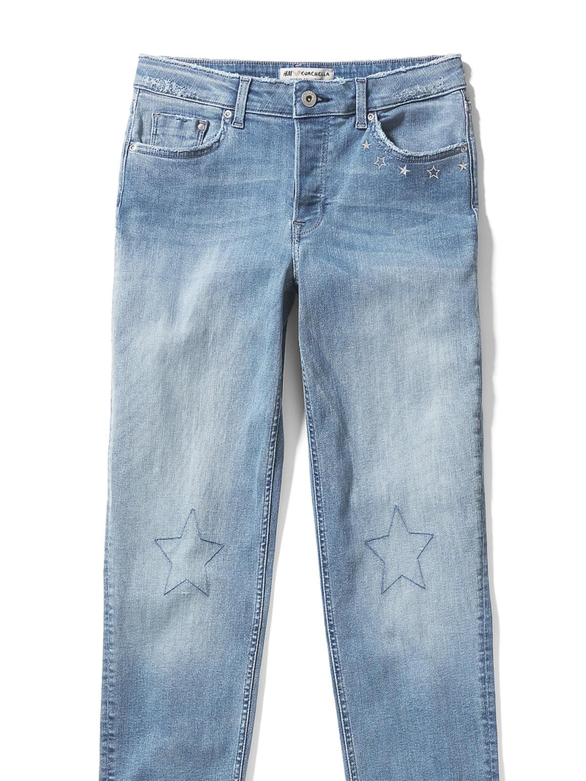 Dżinsy z postrzępionymi nogawkami - H&M, 149,90 zł