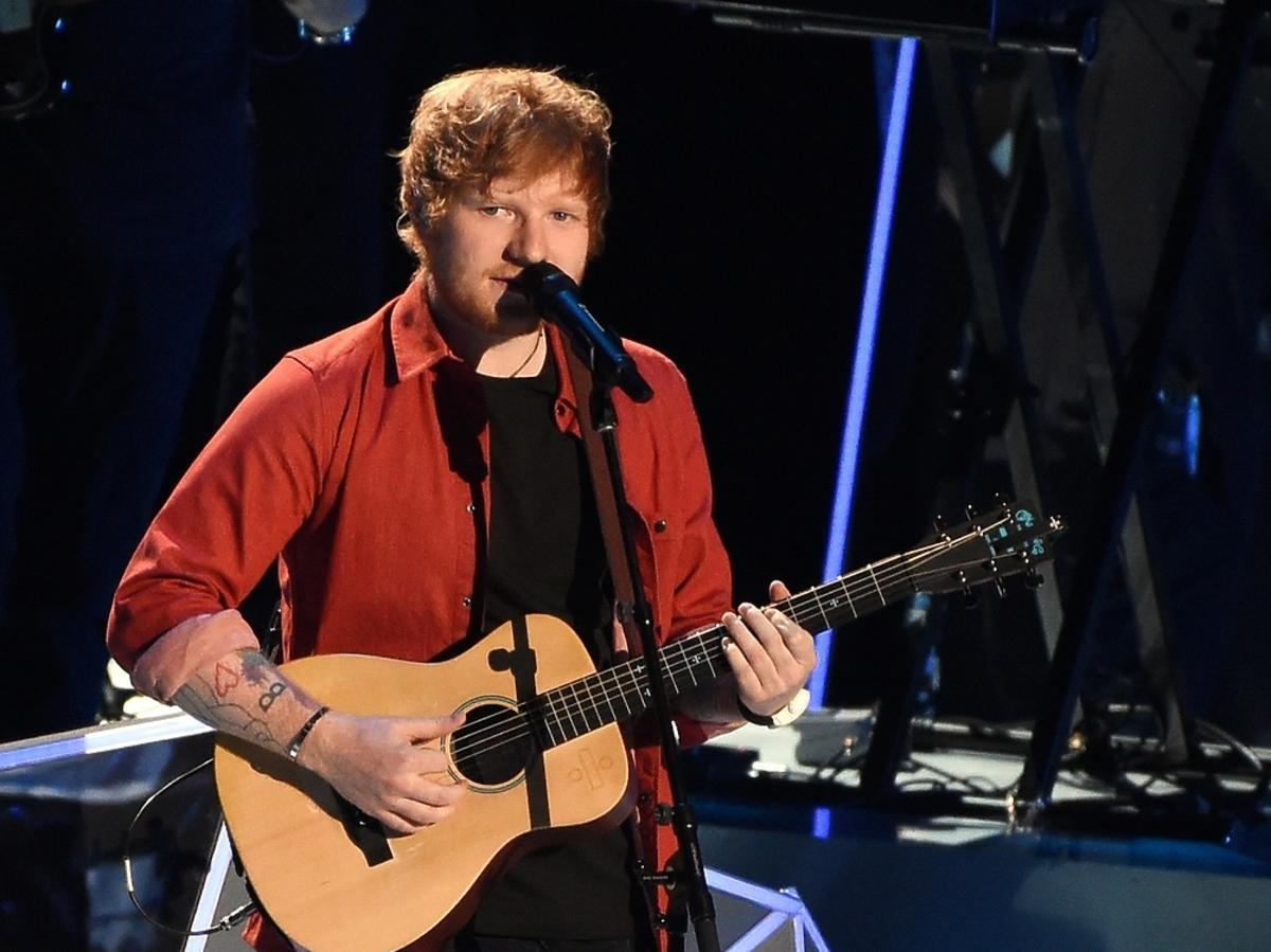 Ed Sheeran podczas koncertu