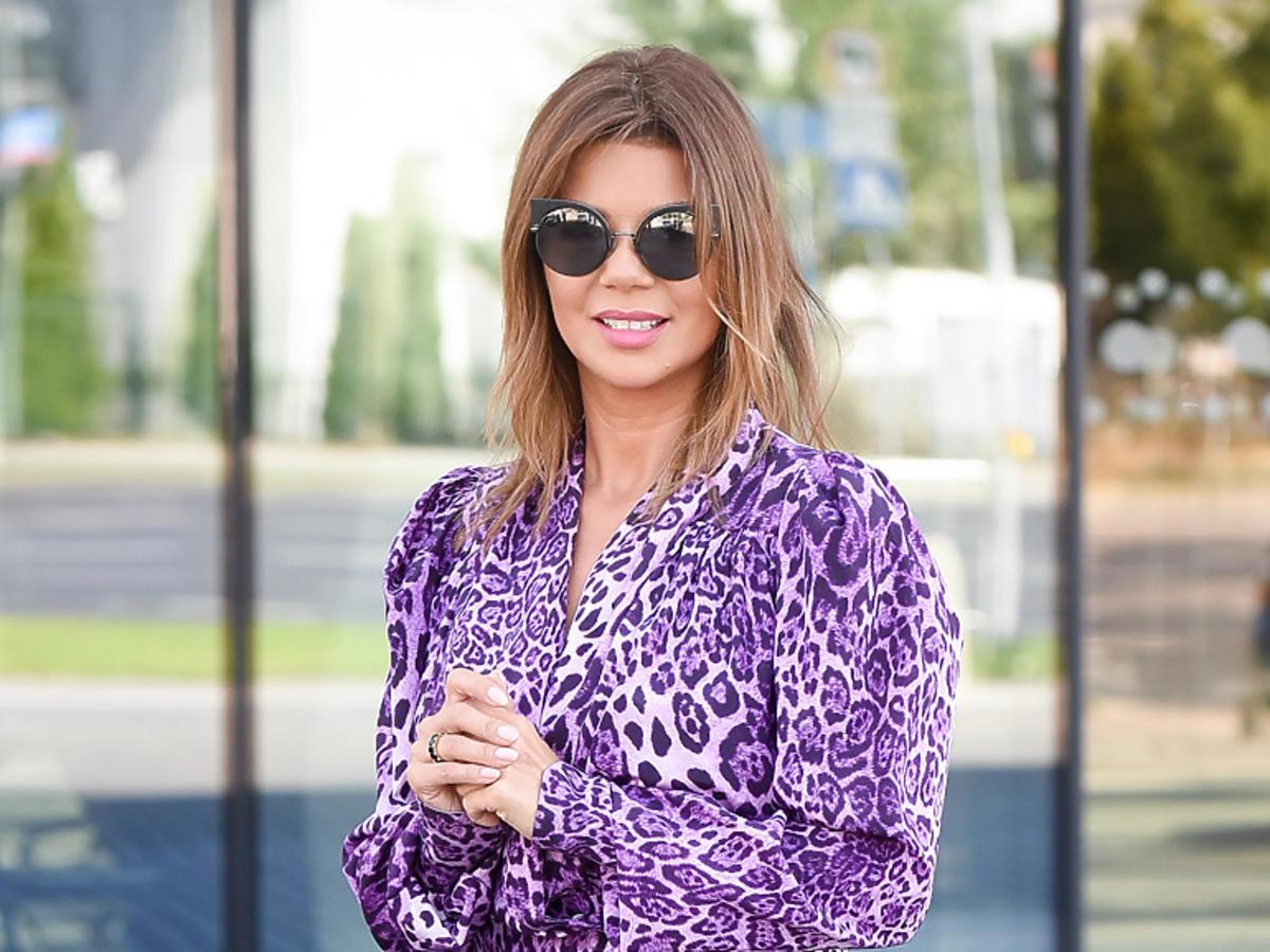 Edyta Górniak w fioletowej bluzce